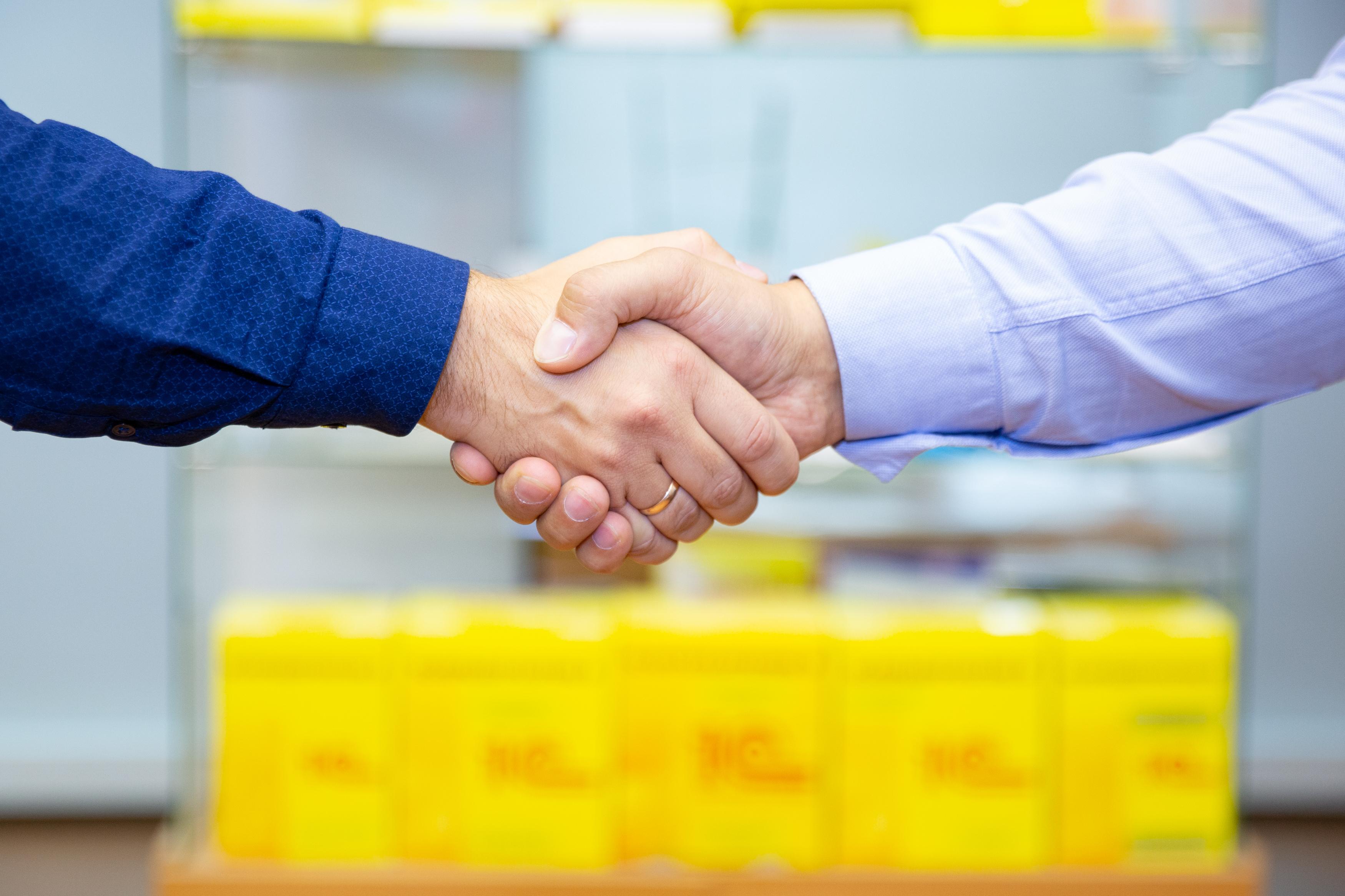 Как доносить до персонала, каким образом выстраивать работу с клиентами