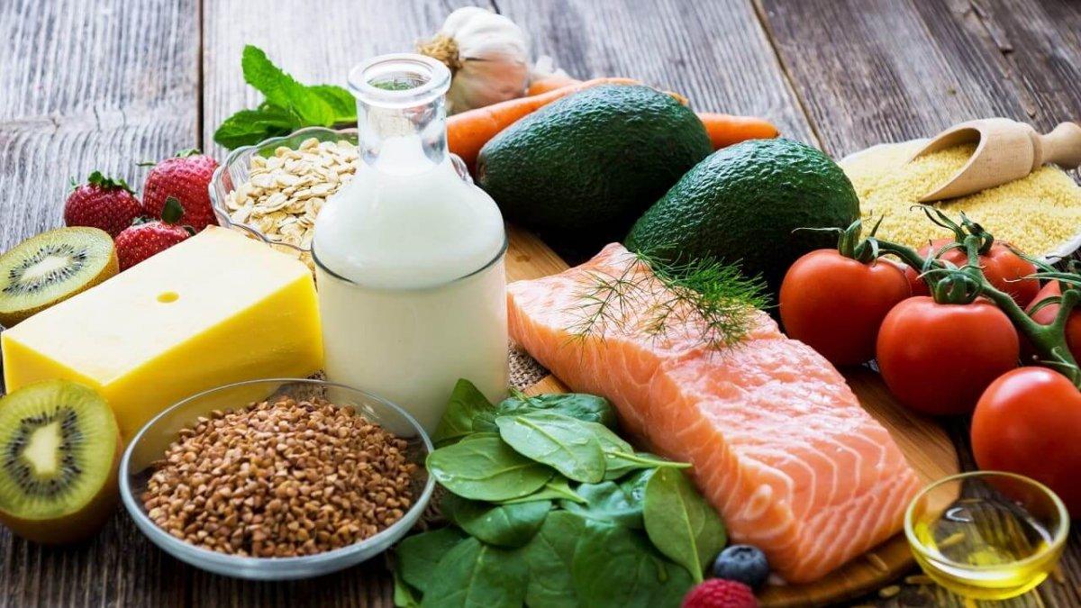 Названы отличия между сбалансированным и правильным питаниями